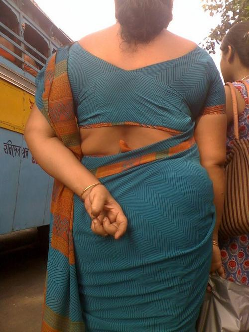 aunty ass gujju aunty ass
