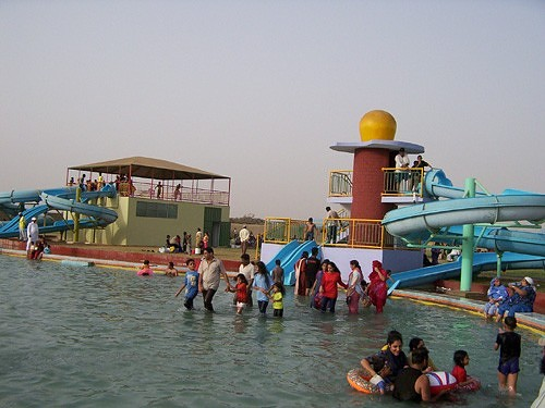 Fiesta Water Park Karachi Video http://www.photoblog.com/pakistan/2007/08/03/